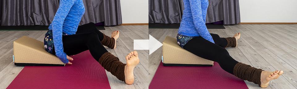 フレックスクッションで内もものストレッチ3「慣れてきたら膝を伸ばす」