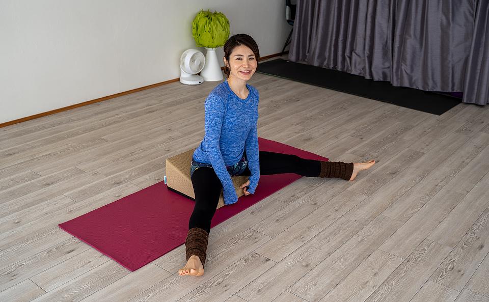 フレックスクッションの基本的な使い方3選!ストレッチで身体改善!