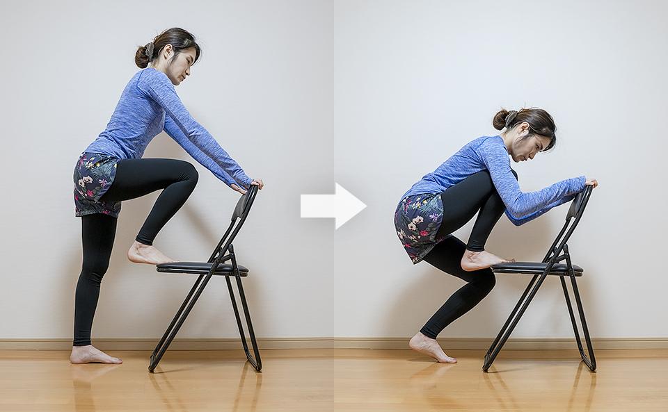 立ったまま椅子を使うふくらはぎのストレッチ