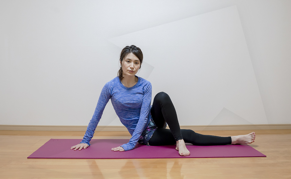 太ももの外側のストレッチ効果を上げる方法